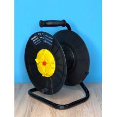"Катушка до 50м кабеля 4 гнезда с крышками 16A с/з защита от перегрузки ""LEMANSO"" LMK72005"